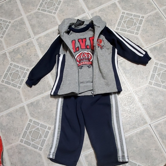 Mad Game Other - Baby boy size 24M 3pcs matching sweatsuit outfit